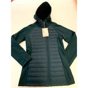 🦄2 for $50 - Bench Wadded Softshell Jacket Small